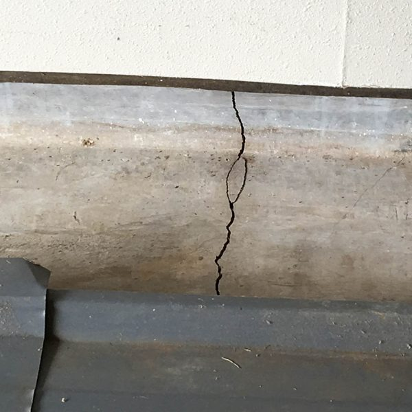 Crack In Foundation Of Kona Home