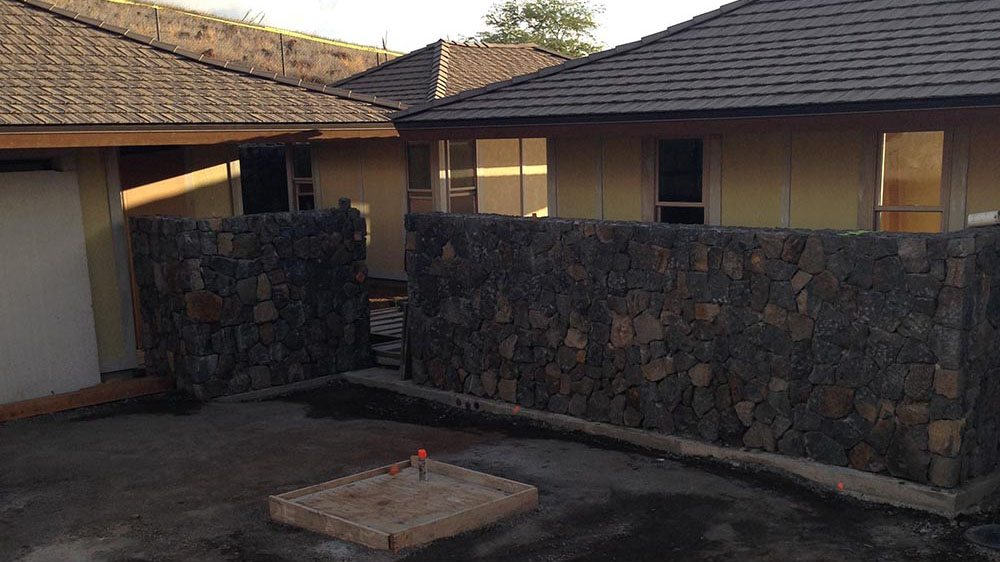 Finished-Retaining-Wall-At-Home-In-Kona